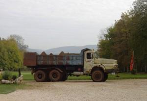 Camion utilisé pour les travaux du golf